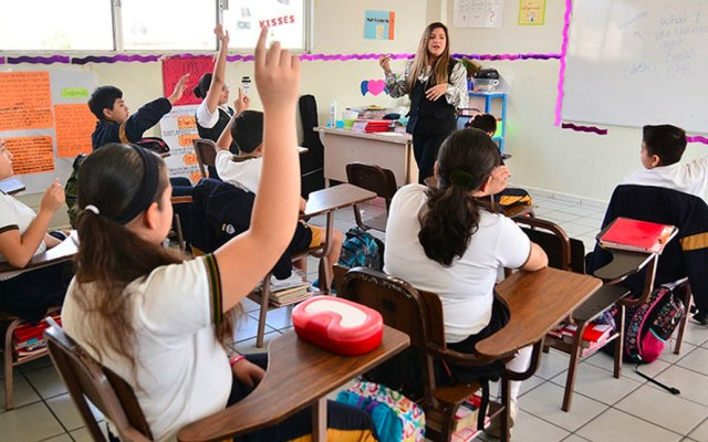 """Esteban Moctezuma afirma que """"no tiene ningún problema"""" la nueva Ley de Educación en Puebla - Escuela privada en Puebla"""
