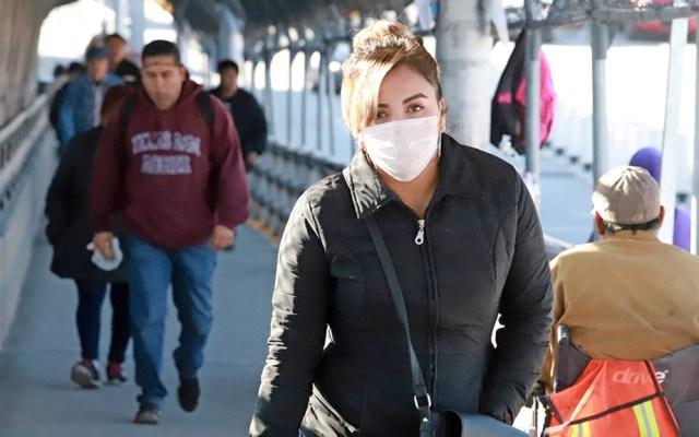Chihuahua acumula 600 contagios y 98 decesos por COVID-19 - Habitante de Chihuahua con cubrebocas para prevenir el coronavirus. Foto de El Diario de Juárez
