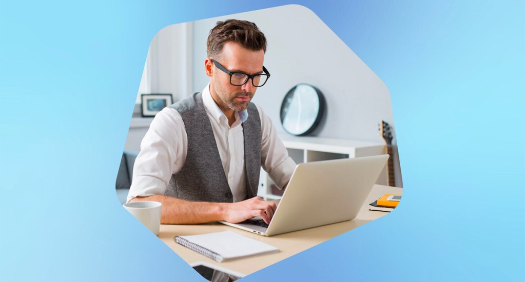 El 58 % de los mexicanos que trabajan desde casa no reciben orientación sobre ciberseguridad - Imagen ilustrativa del trabajo a distancia