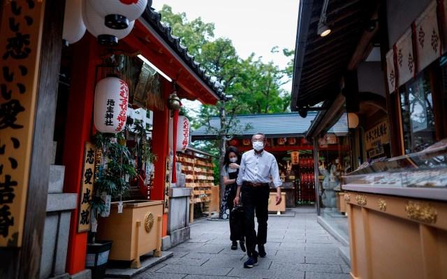 """Japón entra en """"nuevo estilo de vida"""" tras estado de emergencia - Japón coronavirus COVID-19"""