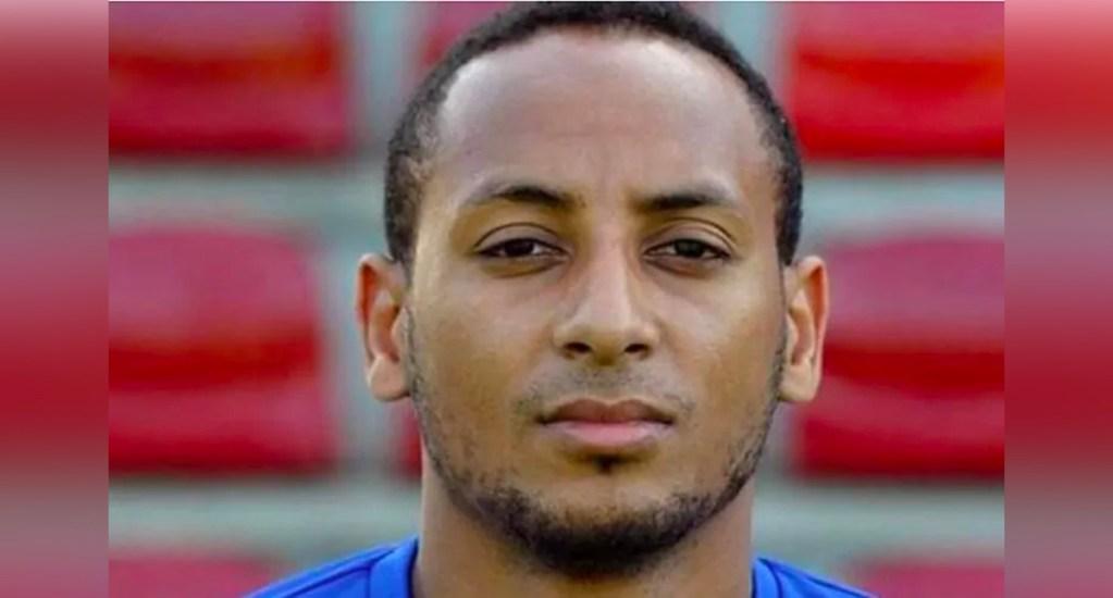 Encuentran vivo a exfutbolista del Schalke 04 que había sido dado por muerto en 2016 - Hiannick Kamba, exlateral derecho que se formó en las inferiores del Schalke 04, fue hallado trabajando en una fábrica en Alemania
