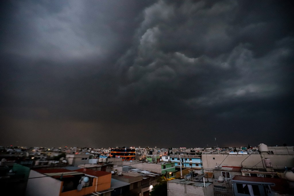 Activan Alerta Amarilla por lluvias en toda la Ciudad de México - Foto de Archivo Notimex.Foto de Archivo Notimex.
