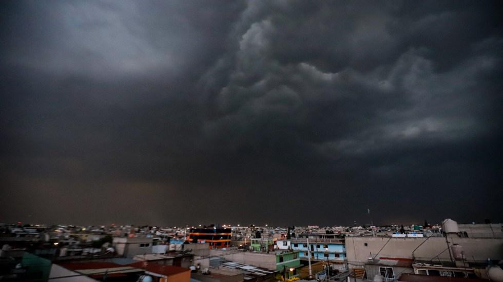 Activan Alerta Amarilla por lluvia en cinco alcaldías de la Ciudad de México - Foto de Notimex