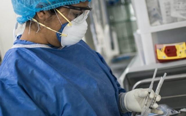 #EnVivo En las últimas 24 horas México registró 3 mil 571 nuevos casos y 266 muertes por COVID-19 - Personal médico atiende recién nacidos con sospecha o confirmación de COVID-19 en el área de terapia neonatal del Hospital Materno Perinatal Mónica Pretelini. Con información de Notimex