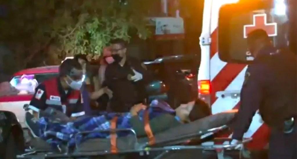 Menor da a luz en taxi con ayuda de policías capitalinos - Menor da a luz en calles de la GAMMenor da a luz en calles de la GAM