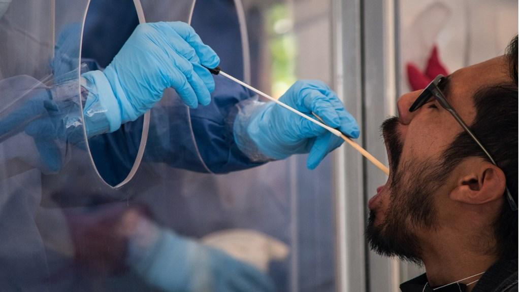 #Video México registra en las últimas 24 horas 5 mil 172 nuevos casos y 301 defunciones por COVID-19 - México COVID-19 coronavirus enfermedad pandemia pruebas