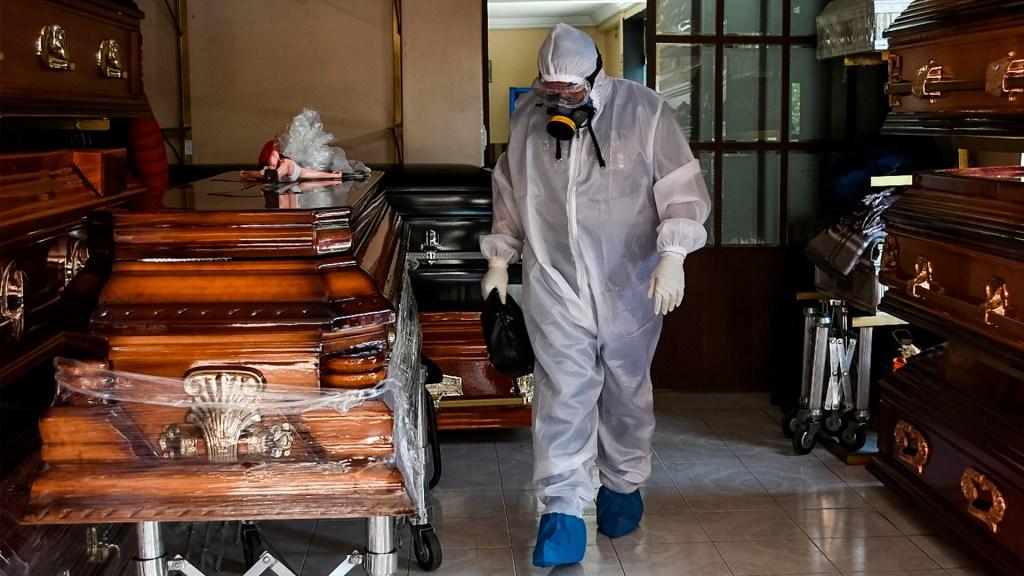"""Advierten por """"alarmante incremento"""" de servicios funerarios en Tijuana y Mexicali - México servicios funerarios coronavirus COVID-19"""