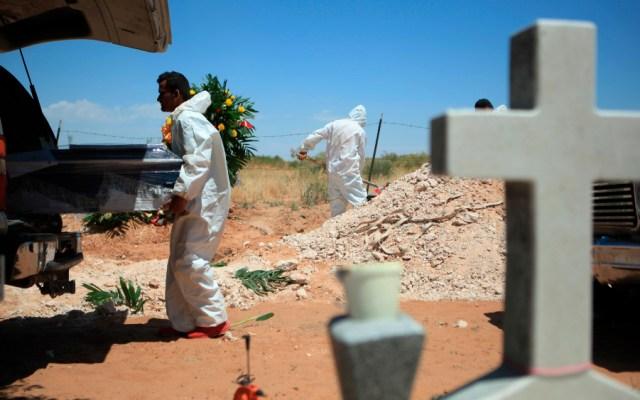 Muertes por COVID-19 superan el millón en todo el mundo - Foto de EFE