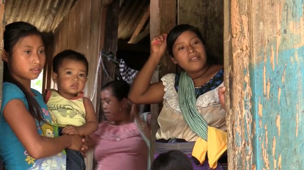 BBVA estima que México sumará entre 12 y 16 millones de pobres por pandemia - Personas en situación de pobreza en México. Foto de EFE