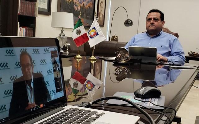 Conago y CCE acordarán acciones conjuntas contra crisis económica por COVID-19 - Carlos Salazar del CCE en videoconferencia con el gobernador de BCS, presidente de la Conago. Foto de @cmendozadavis