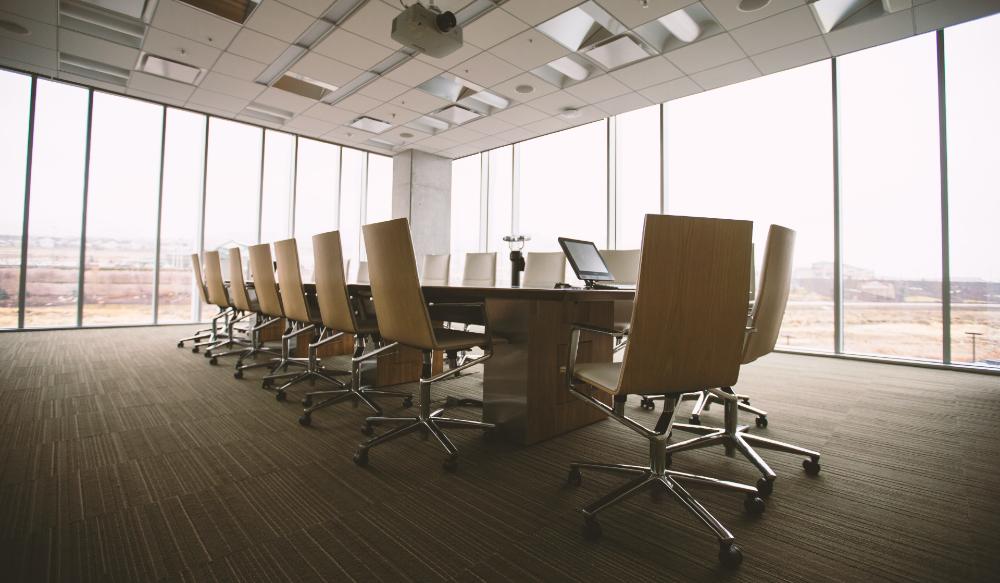 Solo seis por ciento de empresas no cumplen con normativas laborales derivadas del COVID-19 - Foto de Benjamin Child para Unsplash
