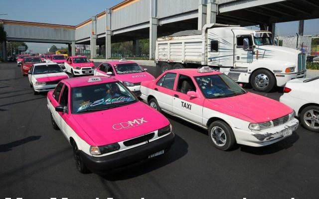 Anuncia AMLO créditos del Fonacot en apoyo a taxistas y comerciantes - Foto de Notimex