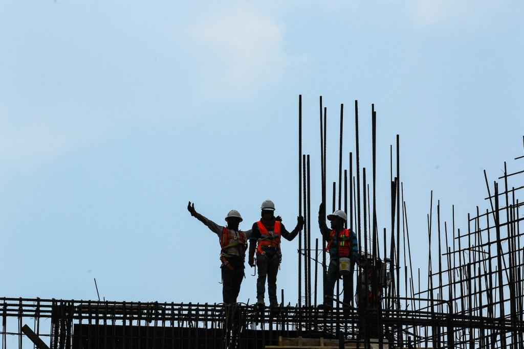 IMSS difiere pago de cuotas obrero-patronales - Foto de Notimex