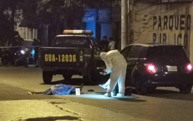 Policía asesina a hombre en Guatemala durante toque de queda - Foto de El Maíz Guatemala
