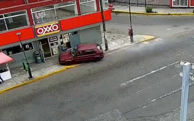 #Video Conductor atropella a cinco personas en el Edomex - Foto de captura de pantalla