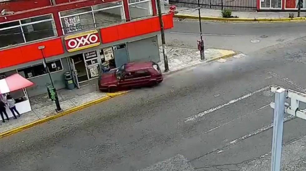 #Video Conductor atropella a cinco personas en el Edomex - Foto de captura de pantalla