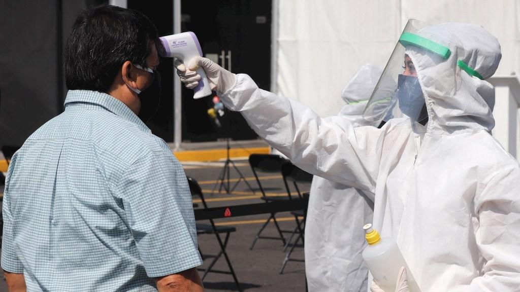 OMS pide no poner esperanzas en inmunidad colectiva para frenar la pandemia - Central de Abasto Ciudad de México prueba COVID-19 coronavirus