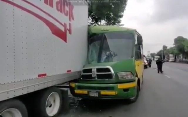 Choque entre camión y tráiler deja al menos siete heridos en Azcapotzalco - Choque en Azcapotzalco