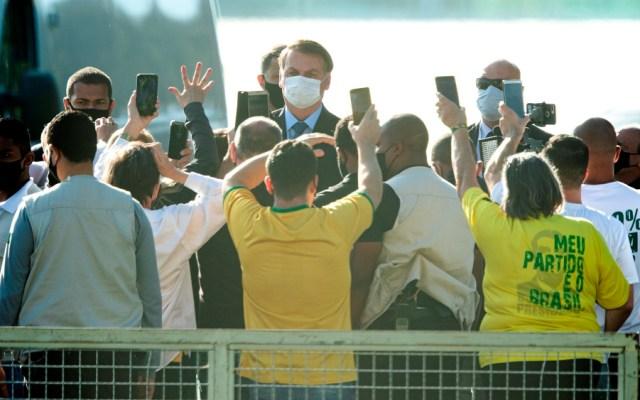 """Bolsonaro dice que protestas en su contra son """"el gran problema del momento"""" - Foto de EFE"""