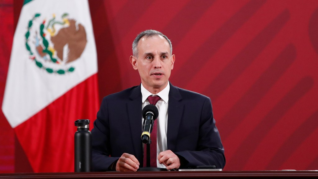 López-Gatell descarta controversia con Jorge Alcocer por información sobre COVID-19 - López-Gatell en la conferencia vespertina del 10 de junio. Foto de EFE