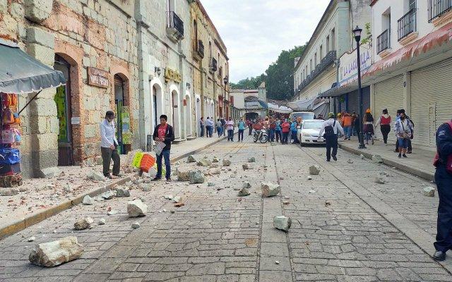 Suman nueve muertos por el sismo de magnitud 7.5 en Oaxaca - Calle de Crucecita, Oaxaca. Foto de Diario El Fortin de Oaxaca.