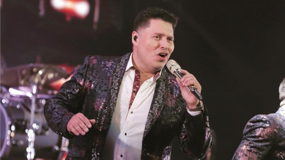 Vocalista de Banda MS padece COVID-19; se negaba a creer en el virus