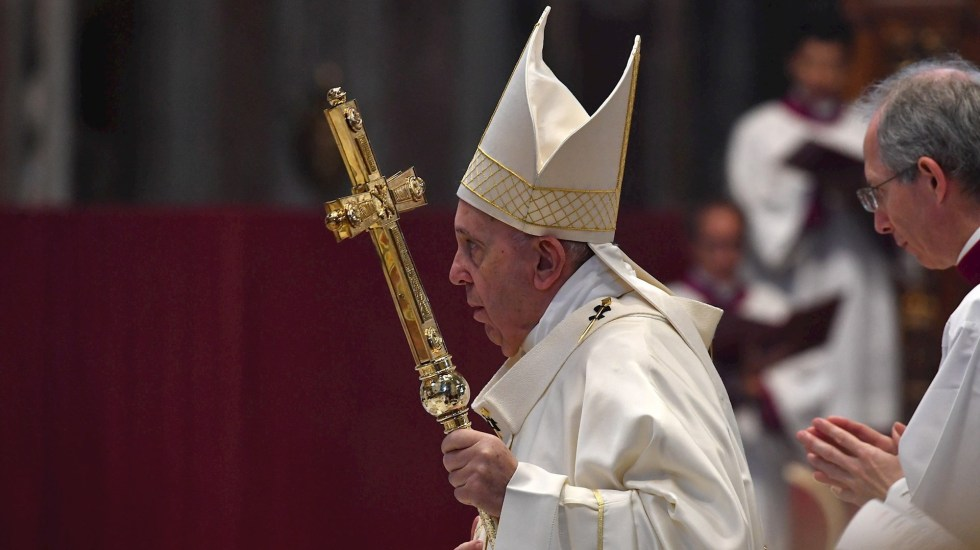 El papa pide rezar por los gobernantes en vez de insultarlos - Papa Francisco. Foto de EFE/EPA/TIZIANA FABI / POOL.