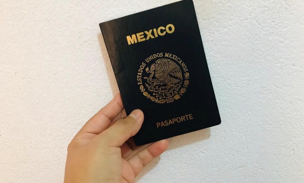Próximo lunes abre parcialmente servicio de emisión de pasaportes - Foto de López-Dóriga Digital