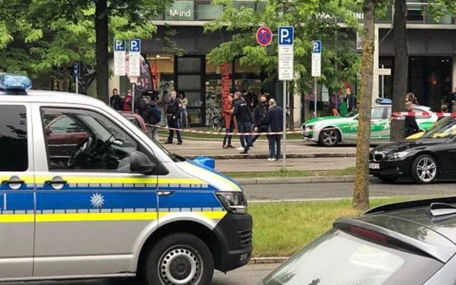 Atropellan y atacan a peatones en Alemania, hay al menos tres heridos - Policía Alemania Munich ataque atropellado