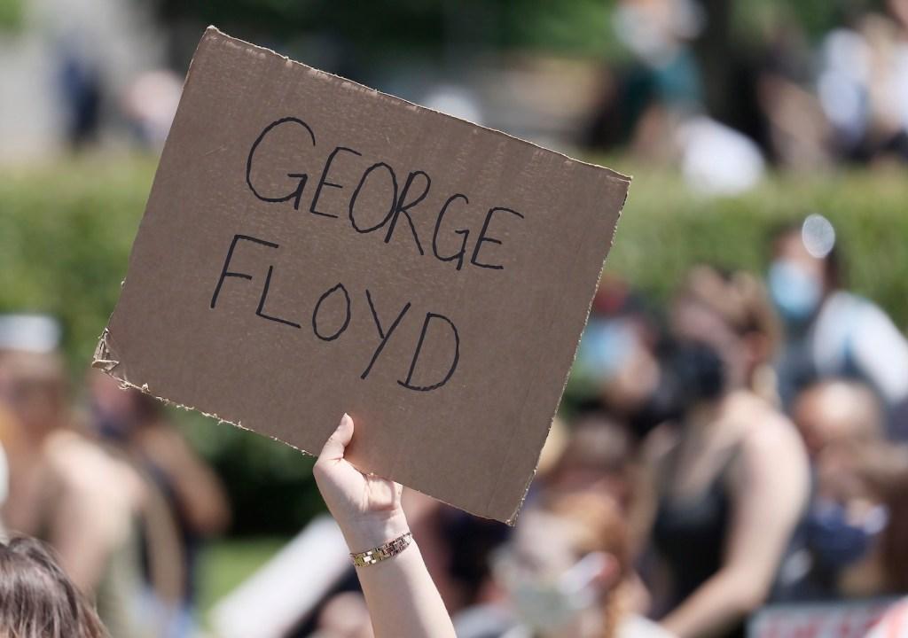 """""""La violencia nunca es la respuesta"""": Landau ante protestas por muerte de George Floyd - Foto de EFE"""