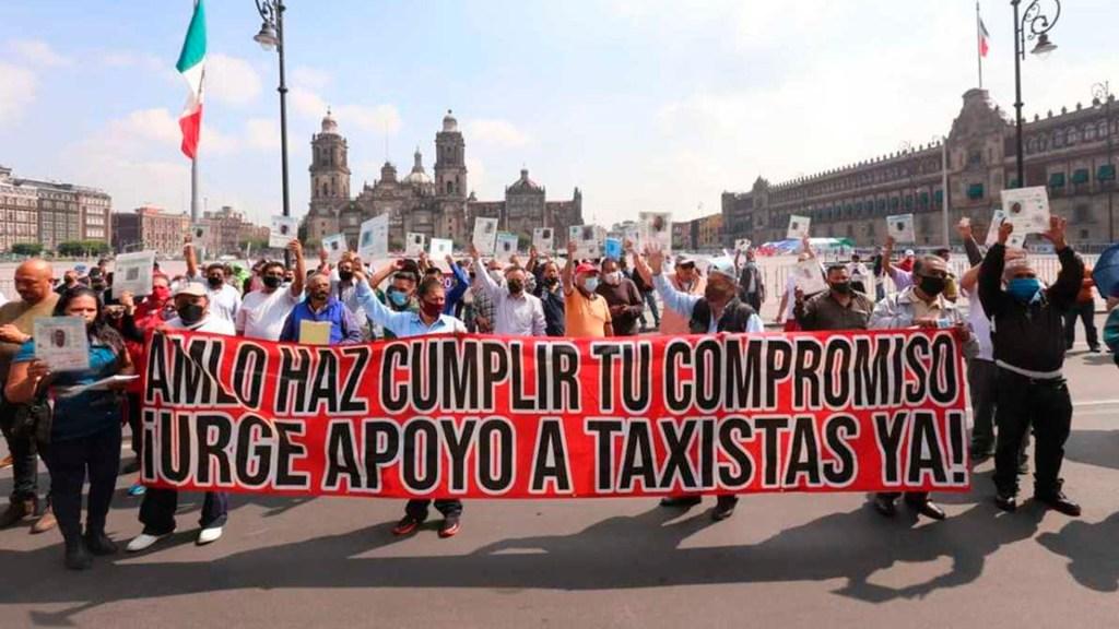 Taxistas capitalinos protestan en el Zócalo tras marcha - taxistas zócalo