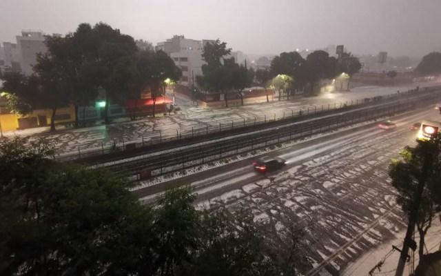 #Video Tormenta en la Ciudad de México - Lluvia con granizo en Nativitas, Ciudad de México. Foto de López-Dóriga Digital