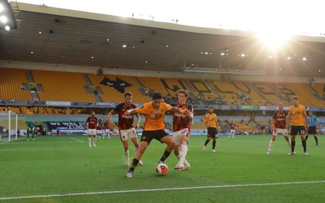 """""""Tenemos que pensar en grande"""": Raúl Jiménez tras anotar su gol 15 de la temporada - Wolverhampton Wanderers vs AFC Bournemouth"""