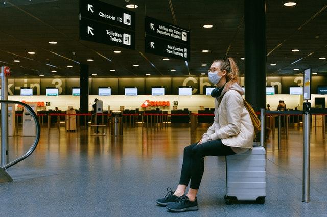 En la 'nueva normalidad', los viajeros deberán asegurar su salud - Foto de Pexels.