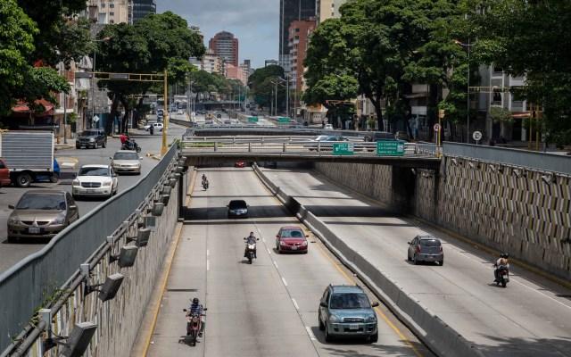 Venezuela regresa a la 'cuarentena radical' con 59 muertos por COVID-19 - Avenida Libertador de Caracas, Venezuela. Foto de EFE