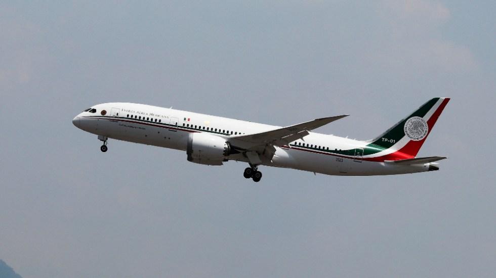 """AMLO intenta convencer a empresarios para """"hacer sociedad"""" y compren el Avión Presidencial - Foto de EFE"""