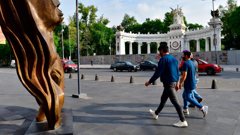 """BBVA cree que la economía de México """"ya pisó fondo"""" por la pandemia - Foto de EFE"""