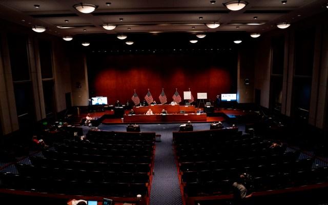 Caucus Hispano del Congreso de EE.UU., en desacuerdo por visita de López Obrador a Trump - Foto de EFE