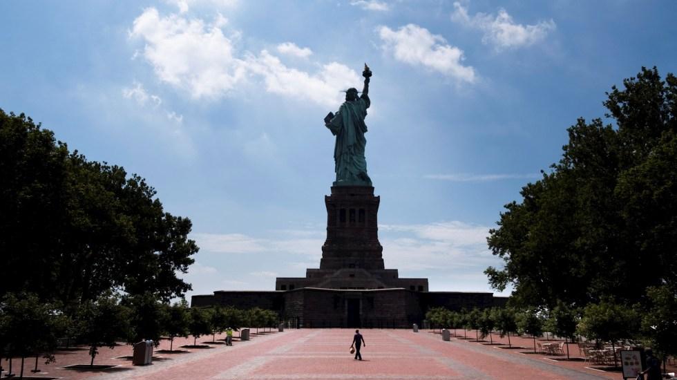 Renuncia directora municipal de Salud de Nueva York durante pandemia por COVID-19 - Estatua de la Libertad reabre Nueva York