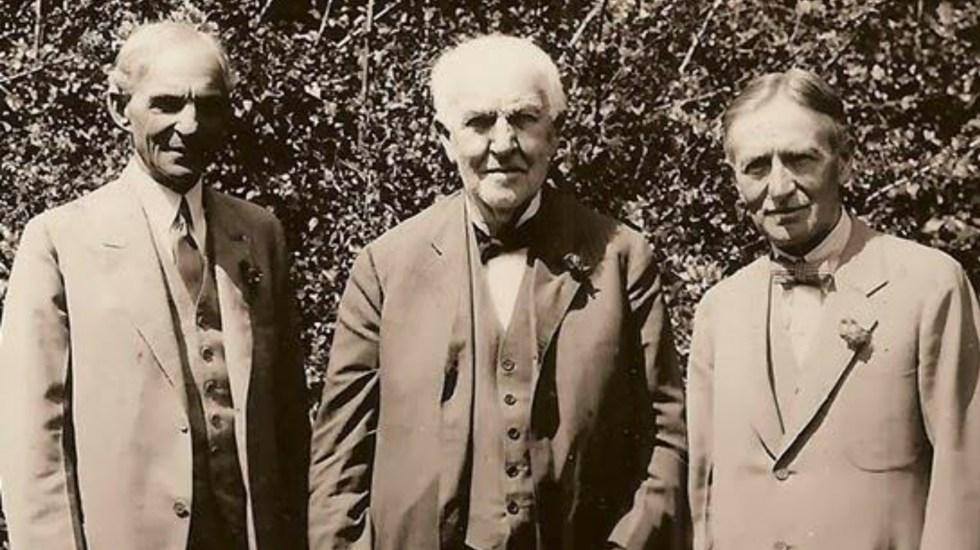 Fotos históricas que muchos ni sabíamos que existían - Henry Ford, Thomas Alva Edison y Harvey Firestone eb 1926.