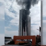 #Video Se incendia torre departamental en Boca del Río, Veracruz