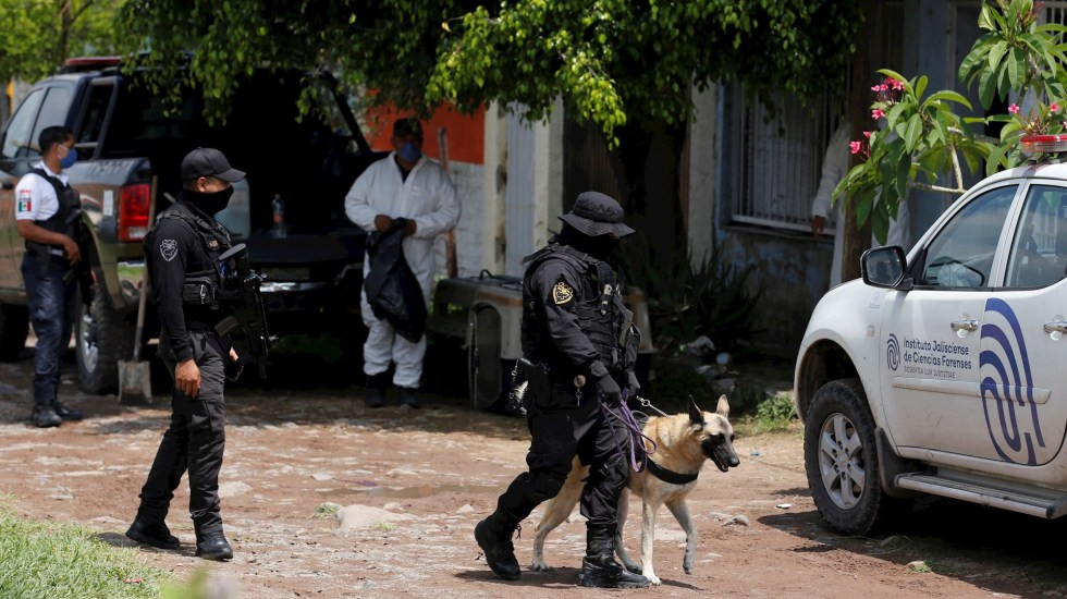 Concluyen labores en tres fosas clandestinas en Jalisco; hallan a más de 140 víctimas - Jalisco El Salto fosas clandestinas desaparecidos