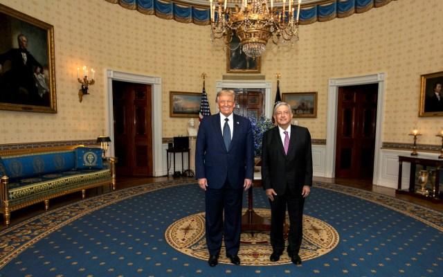 PAN exige conocer 'a cambio de qué' acudió López Obrador a Washington - López Obrador y Trump durante su encuentro en el Cross Hall de la Casa Blanca en Washington, Estados Unidos. Foto de EFE