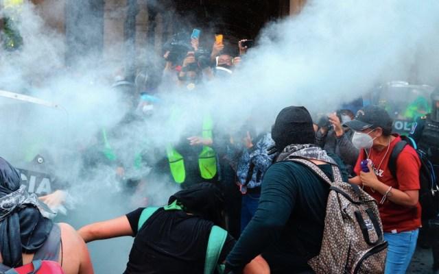 Ocho policías lesionadas tras marcha de colectivos feministas - Foto de EFE