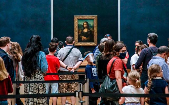 Museo del Louvre reabre al público tras casi cuatro meses de permanecer cerrado - Museo del Louvre coronavirus COVID-19