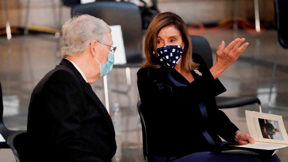 Pelosi decreta el uso obligatorio de mascarillas en la Cámara Baja de EE.UU. - Foto de EFE