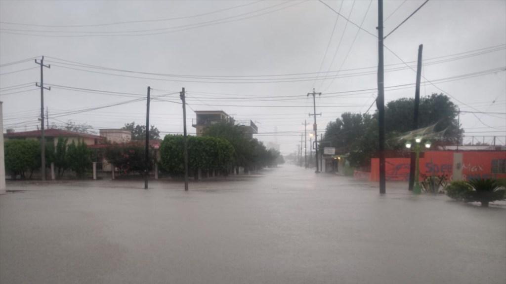 Fotos y videos: Al menos cuatro desaparecidos y daños a infraestructura, el paso de Hanna por México - Foto Especial.