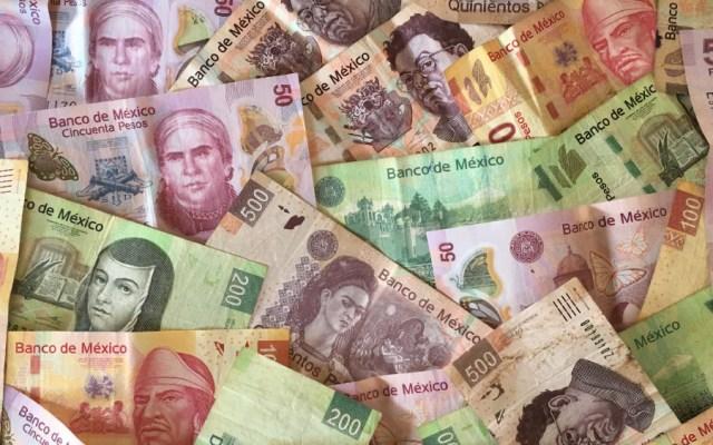 Pide AMLO que altos funcionarios aporten para enfrentar crisis económica y sanitaria - Foto de WorldRemit Comms