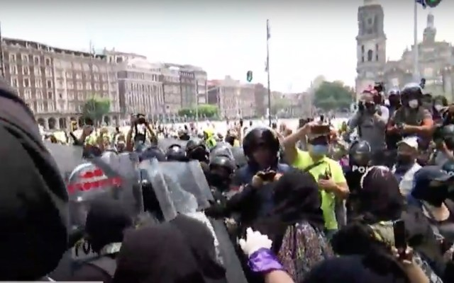 Feministas marchan hacia la SCJN tras negativa a despenalización del aborto - Captura de pantalla