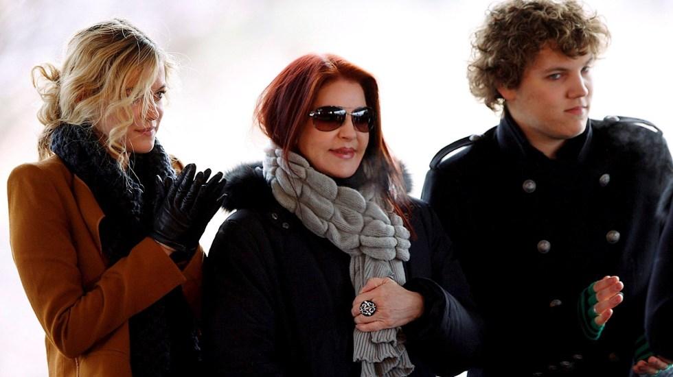 Autoridades confirman suicidio de nieto de Elvis Presley - Riley Keough, Benjamin Keough y Priscilla Presley Elvis Presley